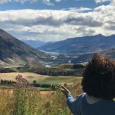 Oprah Winfrey : Around every corner yet another breath taking view. #ilovenewzealand