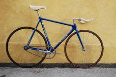 Convoy: Woo nice time trial bike. Viva Italia!