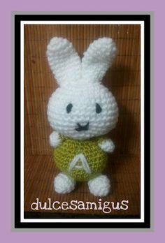 Patrón amigurumi: Conejo (Sara Wong) Yoshi, Fictional Characters, Art, Rabbits, Amigurumi Patterns, Trapillo, Hand Made, Art Background, Kunst