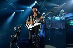 Scorpions on stage at the Zénith of Caen. The of April Quentin. Scorpions Live, The 4, Stage, Concert, Recital, Concerts
