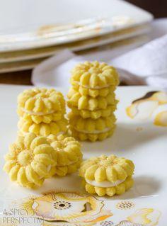 Lemon Cookies with Lemon Cream Filling