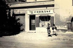 Buza Károly fodrászata 1961-1965 táján - tacsifoto - indafoto.hu