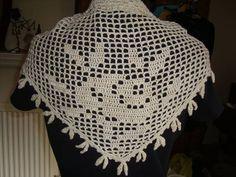 Filet Crochet Rose ShawletteCROCHET