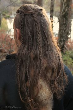 For tenthousands of years men wore long hair with pride.... Only slaves and prisoners were forced to shave their heads! What does that tell you about the frame of mind of modern urbanized men? Found on: http://www.thevikingqueen.com/