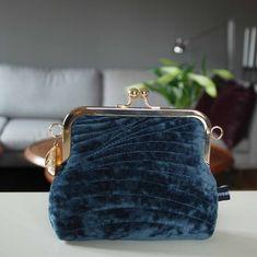 Coin Purse, Wallet, Purses, Fashion, Pocket Wallet, Handbags, Moda, La Mode, Handmade Purses
