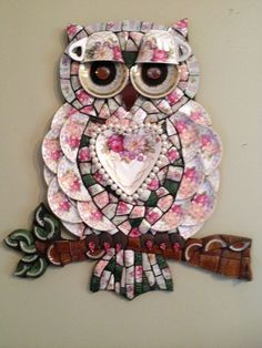 Mosaic owl by Andrea Oligon Owl Mosaic, Mosaic Garden Art, Mosaic Birds, Mosaic Flowers, Mosaic Wall Art, Mosaic Diy, Mosaic Crafts, Mosaic Glass, Mosaic Art Projects
