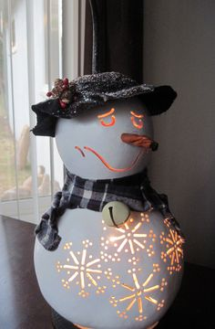 I love this guy!! Handcrafted winter snowman gourd table lamp by tamiredding on Etsy, $50.00