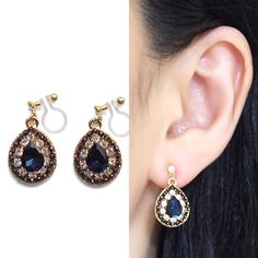 Comfortable Pierced Look Dangle Teardrop Clear and Navy Blue Rhinestone Crystal Invisible Clip on Earrings by MiyabiGrace 夾耳環 耳夾 無耳洞 無耳洞耳環 耳環控 イヤリング  Details ◆Length: 6/7 inches (2.2 cm) ◆Weight:4 g (0.14 oz)