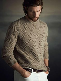 Men's Hand Knit Crew Neck Sweater 132B