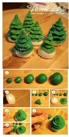 Super Cake Christmas Fondant Xmas Trees Ideas Source by Fondant Tree, Fondant Flowers, Fondant Cakes, Fondant Icing, Christmas Cake Decorations, Christmas Cupcakes, Christmas Crafts, Cake Topper Tutorial, Fondant Tutorial