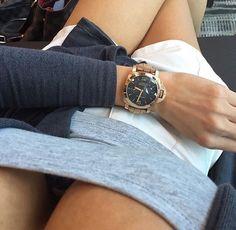 #women_on_watches #luxurybrands #wristwatch #watchporn #luxurywatch…