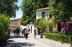 fotos del hotel america en granada - Buscar con Google Granada, Sidewalk, Street View, Google, Scenery, Places, Photos, Grenada, Side Walkway