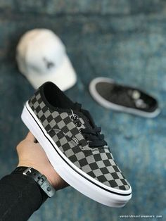 3ac6c6e625 Sneakers DAILY VANS AUTHENTIC BLACK GREY CHECKERBOARD VN000EYE276 SHOE FOR  SALE-www.vansoldskoolsneakers.com