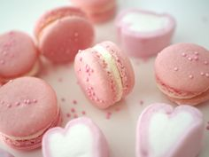 Gold splattered French macarons filled with punchy pink peppercorn buttercream and luscious bittersweet chocolate ganache. Macarons, Macaron Cookies, Macaron Recipe, Valrhona Chocolate, Chocolate Ganache, Cute Desserts, Dessert Recipes, Dessert Ideas, Wedding Shower Cookies
