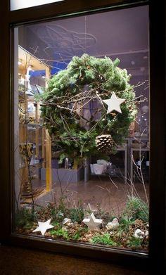 """Opolskie perełki"" – Part II – ForumKwiatowe. Christmas Advent Wreath, Christmas Greenery, Christmas Door Decorations, Xmas Wreaths, Christmas Table Settings, Christmas Art, Grapevine Wreath, Holiday Decor, Fall Store Displays"