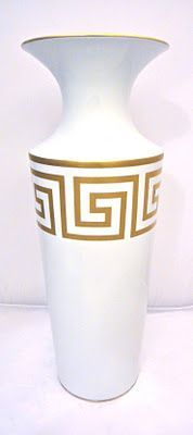 Greek Key : possible painted design for lamps? Use sample pot of very dark blue, paint base plus trim at top Greece Party, Greece Wedding, Greek Party Decorations, Party Themes, Themed Parties, Greek Design, Key Design, Greek Wedding Theme, Greek Toga