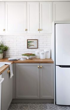 Best 20 Small Kitchen Renovations Ideas