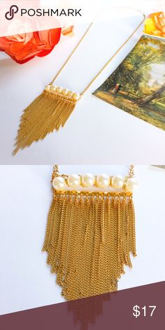 Pearl and Fringe Dainty Costume Necklace Super pretty and feminine Dainty costume Pearl and gold tone fringe statement necklace.  Very cute for dressy or casual. Jewelry Necklaces