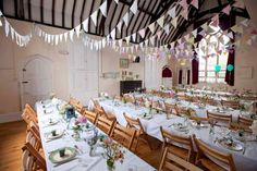 Vintage country wedding in a church hall (image from Rock n Roll Bride)