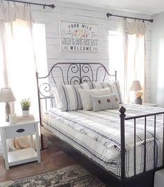 Our Farmhouse style is looking FRESH in the homestead of @fallons.homestead. What room in your house could use a good REFRESH? 😉 . . . . #beddys #zipyourbed #zipperbeading  #adultbedding #fashionablebedding  #bedding #beddings #stylish #homedecor #homeinspo #homedecoration #bedroomdesign #bedroomgoals #bedroomideas #bedroomdecor