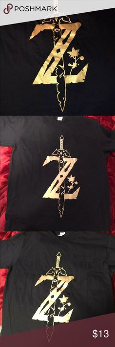 ‼️BRAND NEW THE LEGEND OF ZELDA T-SHIRT In great condition! Brand new never worn! Tops Tees - Short Sleeve