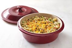 Whip up our Tempting Tuna Casserole in the Round Covered Baker for your next family meal.  www.pamperedchef.biz/one800funchefs