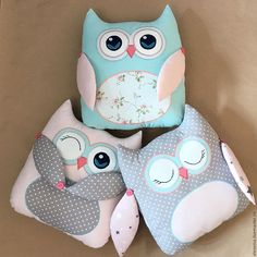 coussin chat faisant la sieste Sleeping Stuffed Cat Pillows Toy (Inspiration, No Pattern, No Tutorial) Fall Pillows, Cute Pillows, Kids Pillows, Cot Bumper, Owl Pillow, Baby Sewing Projects, Sewing Toys, Baby Decor, Fabric Dolls