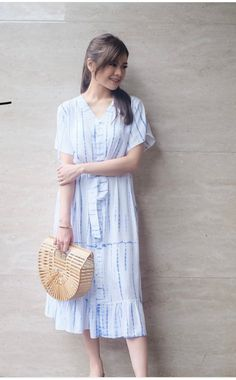 Shibori Tie Dye, Short Sleeve Dresses, Dresses With Sleeves, Fashion, Moda, Sleeve Dresses, Fashion Styles, Gowns With Sleeves, Fashion Illustrations