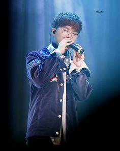 Chanhyuk || 161125 - Peoplegate Music Concert ©akdong_percent