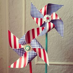 Always in Stitches gave us pinwheel patterns in our Market bags. These are so fun to make!