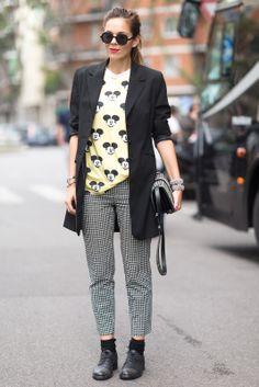 #streetstyle #style #streetfashion #fashion #refinery29 #graphictee #tshirt