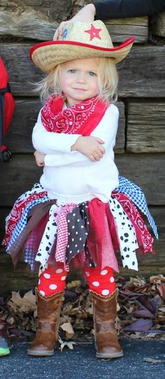 Cute Toddler Costumes That You Can Make Yourself The Best Toddler Costumes. Funny, cute and unique toddler Halloween costume ideas for boys and girls. Some costumes include scary, deer, unicorn, matc. Best Toddler Costumes, Funny Toddler Halloween Costumes, Cowgirl Halloween Costume, Homemade Halloween Costumes, Halloween Kids, Toddler Cowboy Costume, Homemade Toddler Costumes, Couple Halloween, Funny Halloween