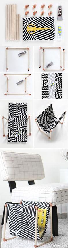 Os revisteiros dão um charme a mais para a sala de estar. Para criar um modelo personalizado você precisa apenas de canos e tecido. Super prático, né? #decoracao #organizacao #revisteiro #diy #madeiramadeira
