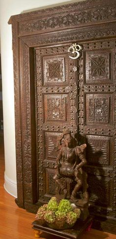 1000 images about pooja room on pinterest puja room for Door design with highlighter