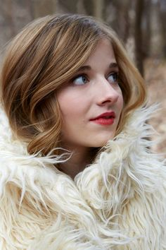 """October 2014 picture of Jackie Evancho. """"Guess who's ready for winter""""? Crossover, Kat Williams, Jackie Evancho, Types Of Music, Yesterday And Today, America's Got Talent, Her Music, My Favorite Music, Photoshoot"""