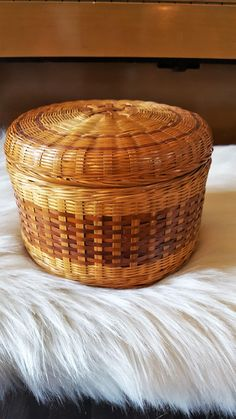 FOR SALE: Round Wicker Basket with Lid, Storage Basket by SoDarnedVintage on Etsy   #bohostyle #bohodecor #fleamarketstyle #basket #basketstorage #wicker #rattan #sodarnedvintage #etsy