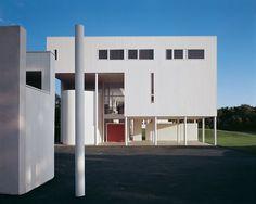 Richard Meier - Weinstein House, Old Westbury, New York Richard Meier, Houses Architecture, Modern Architecture, Residential Architecture, Aka House, Famous Architects, Building A House, Minimalism, House Design