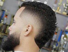 Short Faux Hawk High Fade with Beard - Fohawk Haircuts Fohawk Haircut Fade, Haircuts Straight Hair, Haircut Men, Haircut Styles, Faux Hawk Men, Short Faux Hawk, Skin Fade With Beard, Beard Fade, Mohawk Hairstyles Men