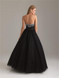 A-line Sweetheart Strapless Sequin Black Floor-length Prom Dress PD1118 http://www.simpledresses.co.uk