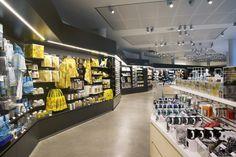 Van Gogh Museum Shop by DAY, Amsterdam – Netherlands » Retail Design Blog