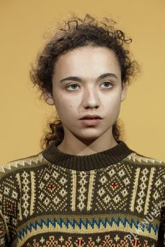 Mollie (serie Young artists or 1 week of portraits) by Adrian Samson [15 Taylor Wessing Photographic Portrait Prize - National Portrait Gallery]