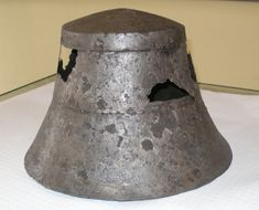 """kettle helmet or """"chapel de fer"""", very effective helmet for the foot soldier which could be produced against low costs! There are kettle helmets known between 1200-1500. Dating however is very difficult.I presume 1250-1350"""