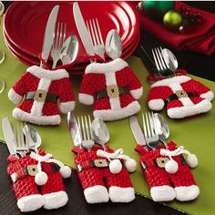 6Pcs/lot Christmas Decoration For Home Silverware Holdersanta Pockets Dinner Knife Fork Holders Santa Claus Christmas Hot