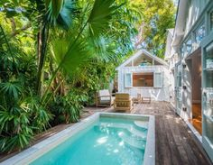 Conch Style Cottage in Key West                              …