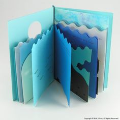 Katsumi Komagata - Blue to blue Buch Design, Diy Design, Kirigami, Shape Books, Book Crafts, Paper Crafts, 3d Prints, Funny Birthday Cards, Handmade Books