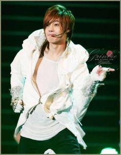 Kim Hyun Joong 김현중 ♡ music ♡ dance ♡ Kpop ♡ Kdrama ♡ long hair ♡ gloves ♡
