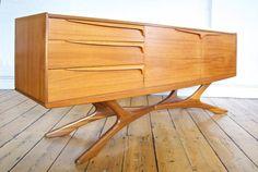 Sculpted teak sideboard manufactured by Beithcraft of Socotland in 1960 Mcm Furniture, Vintage Furniture, Furniture Design, Furniture Removal, Small Furniture, Vintage Design, Vintage Decor, Teak Sideboard, Credenza