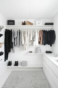 17 Luxury Walk In Closet Ideas to Make Bedroom Interior More Organized! 17 Luxury Walk In Closet Ideas to Make Bedroom Interior More Organized! Walk In Wardrobe, Bedroom Wardrobe, Wardrobe Closet, Wardrobe Design, Ikea Open Wardrobe, Clothes Rack Bedroom, Hanging Clothes Racks, Bed In Closet, Closet Bedroom