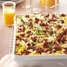 italian breakfast lasagna - This make-ahead egg casserole features lasagna noodles, Alfredo sauce and hash brown potatoes, making it great for brunch or a simple dinner. Brunch Casserole, Breakfast Casserole Easy, Casserole Recipes, Egg Casserole, Breakfast Lasagna, Lasagna Recipes, Casserole Ideas, Brunch Recipes, Breakfast Recipes