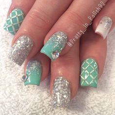 Mint Green and White Mix and Match Mani With Sparkle